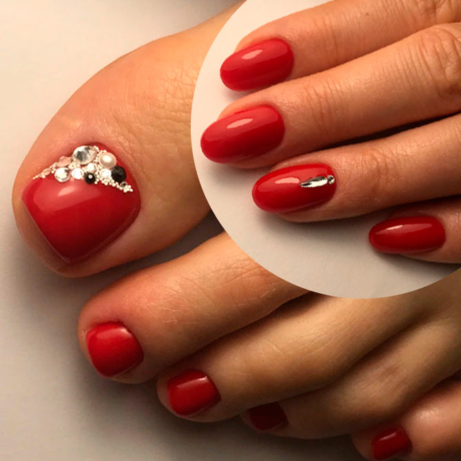 Red Nails With Rhinestones #rednails #rhinestonesnails