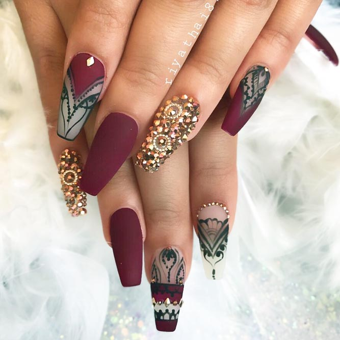 Maroon Nails With Hand Painted Art picture 1