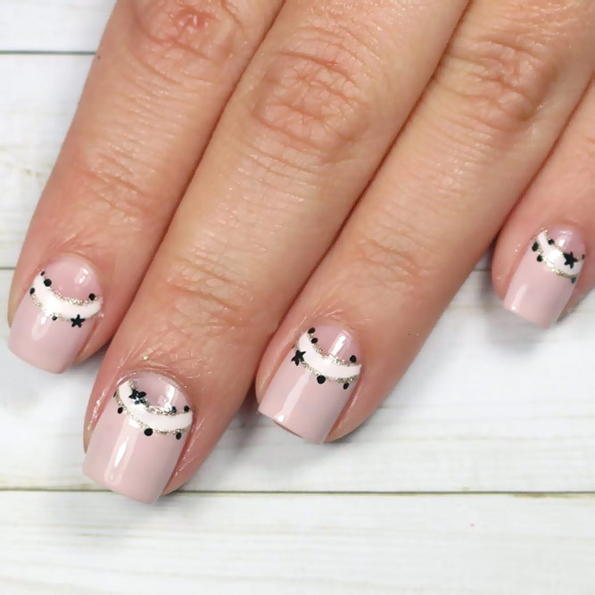 Charming Shooting Star Nails