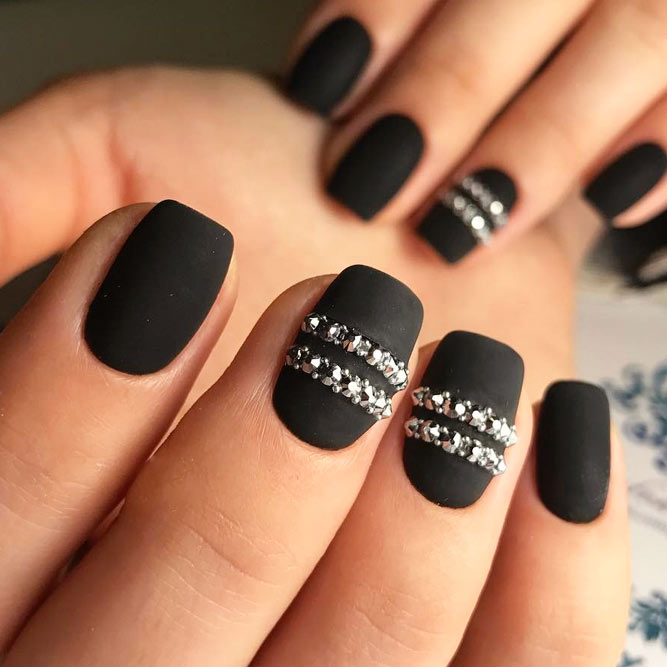 Extra Black Nails For Brave Girls