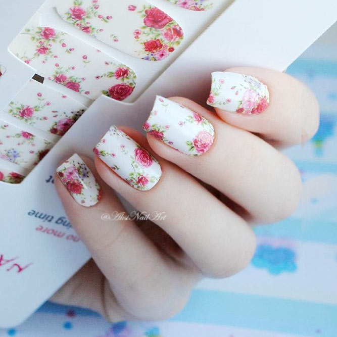 Easy DIY Nail Designs With Stickers And Wraps picture 3