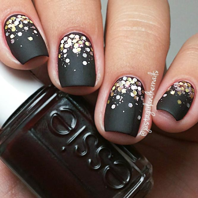 27 Fancy Ways To Rock Matte Black Nails | NailDesignsJournal.com