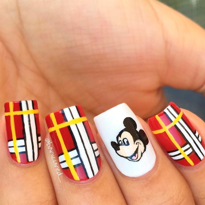 Bright Mickey Mouse Nail Art picture 3