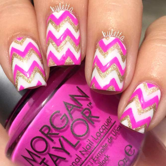 Chevron Nail Designs to Show You Are on the Top picture 1