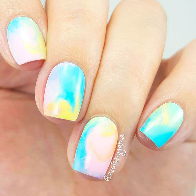 Soft Ombre Aqua Nails picture 3