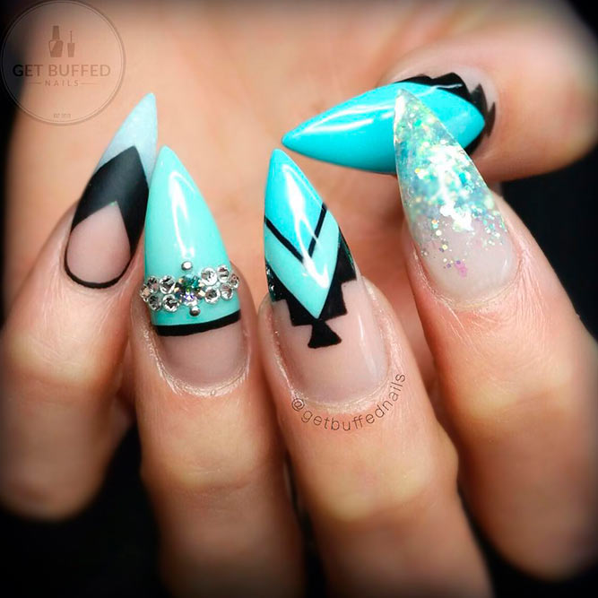 Tribal Nail Art for Aqua Nails picture 3