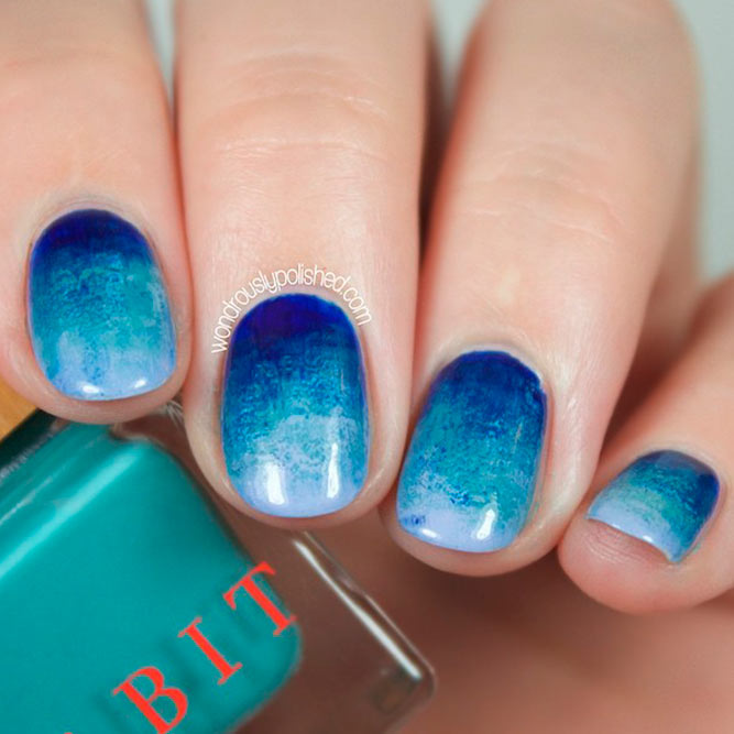 Deep And Light Blue Ombre picture 2