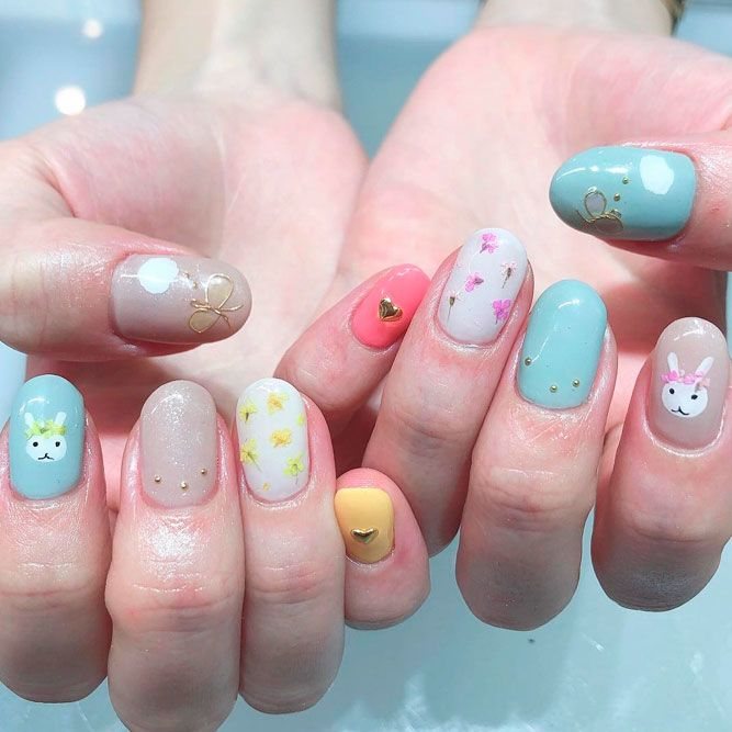 Spring Nails Designs With Dry Flowers
