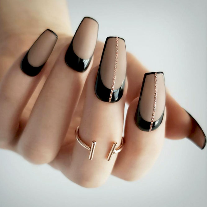 Cute Nail Designs With Thin Stripes picture 3