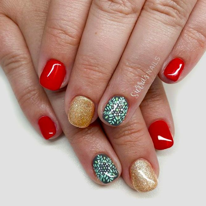Gold And Red Are Best Color Mix For Short Nails