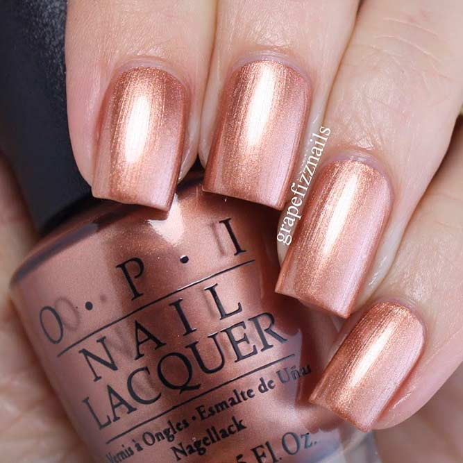 Metallic Rose Gold Nails Designs picture 3