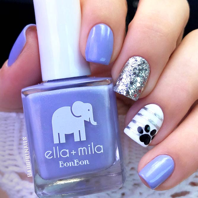 Sweet Pale Lilac Nails picture 3