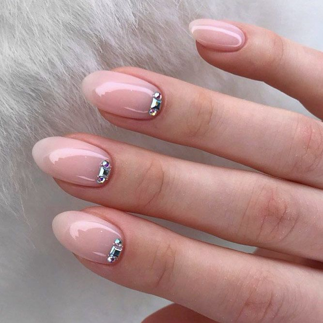 Simple Nude Nail Art With Stones