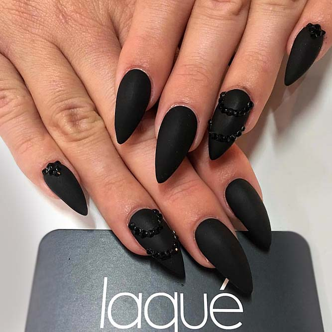 Perfect Black Color With Stones Best Combo picture1