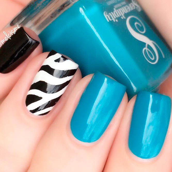 Wild Mood With Zebra Nail Art