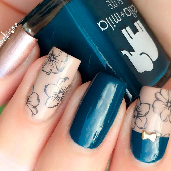 Dark Teal And Nude Flowers Nail Art #flowersnails #squarenails #nudenails