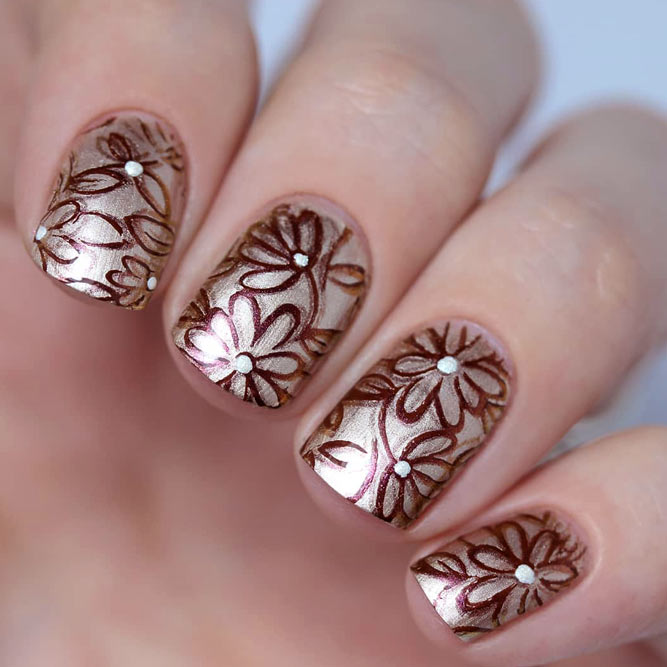 Chrome Nails With Beautiful Flowers For Pop Girl