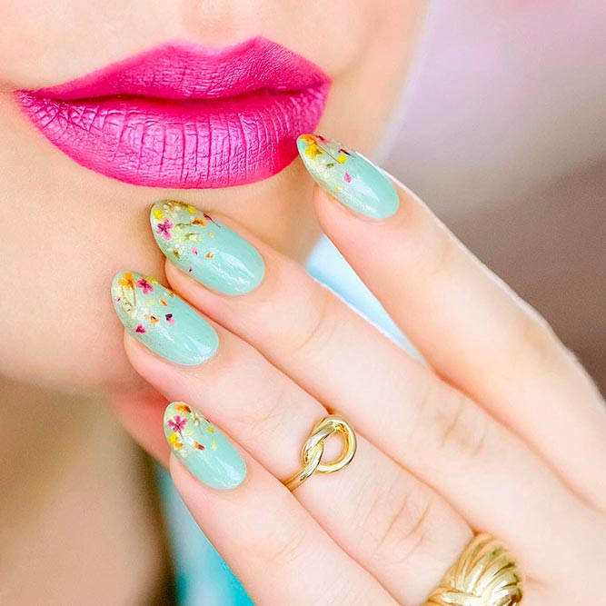 Best Ways To Decorate Your Nails With Beautiful Flowers ...