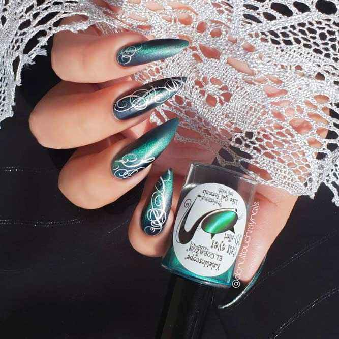 Beauty Vintage Nails Design