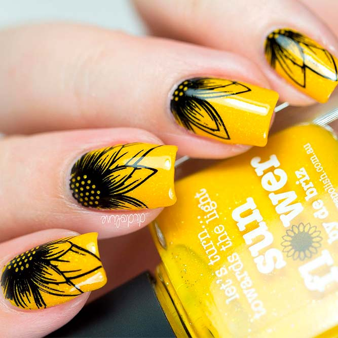 Black-Eyed Susan Nail Art