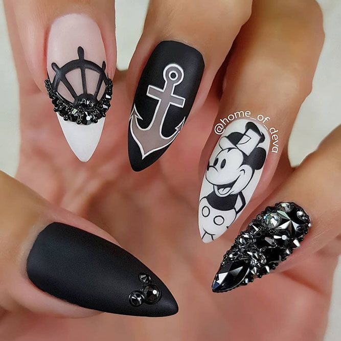 Black And White Anchor Nails