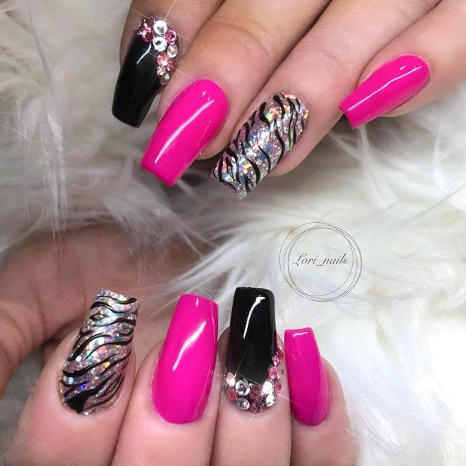 Zebra Print Acrylic Nails For Glamorous Look #pinkandblacknails #stripesnails #longnails #glitternails #rhinestonesnails
