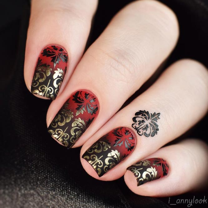 Damask Nail Art Examples To Send Chills Naildesignsjournal