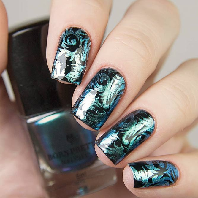 Blue Metallic And Damask Pattern #metallicnails #metallicpolish #shortnails #squarenails