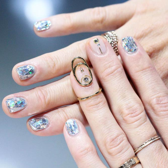 Beautiful Shattered Glass Nails #nailstrend #nailjewerly #brokenglassnails