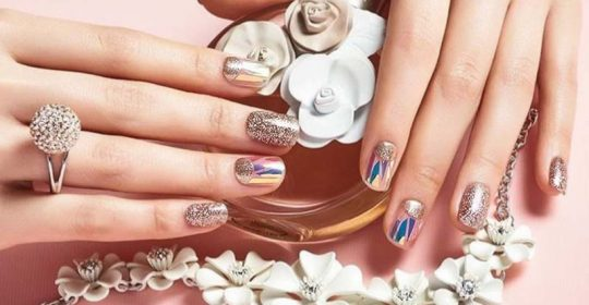 Types Of Fake Nails And The Pros And Cons Of Having Them