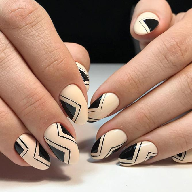 Almond Buff As The Best Beige Nude #beigenails #geometricnails #ovalnails