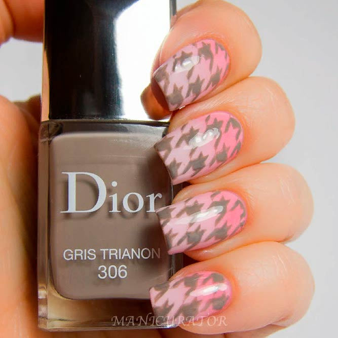Pink Ombre And Cappuccino Houndstooth Pattern Nails #ombrenails #pinknails