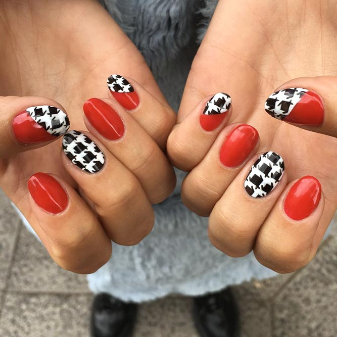 A Red Manicure With Gorgeous Houndstooth Pattern #shortnails #rednails #roundednails