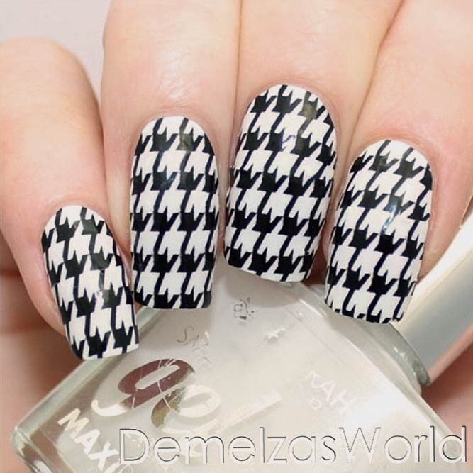 Black And White Nails Decorated With A Houndstooth Stamping #longnails #blackwhitenails #squarenails #stampingnails
