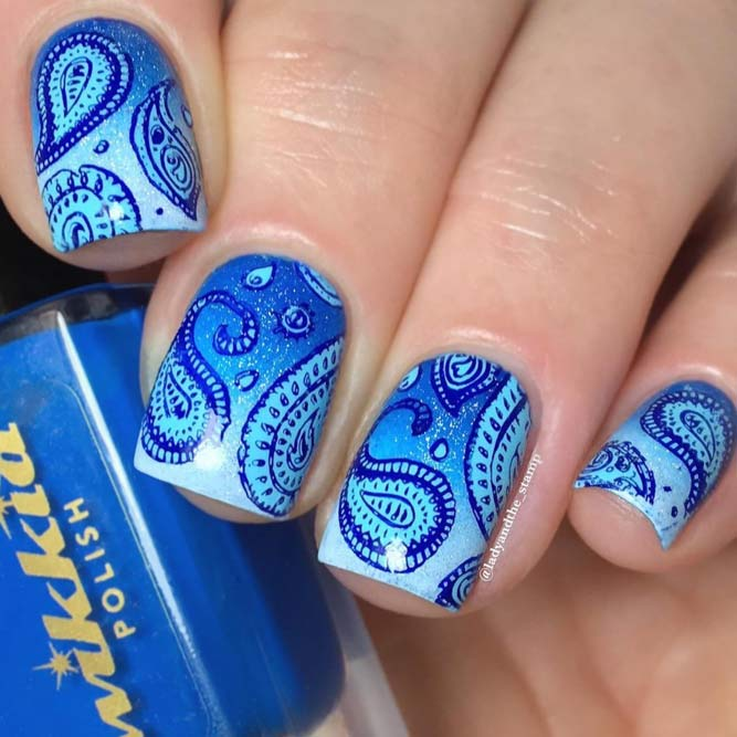 Paisley Pattern Nails In Blue Shades #bluenails #stampingnails #shortnails #squarenails