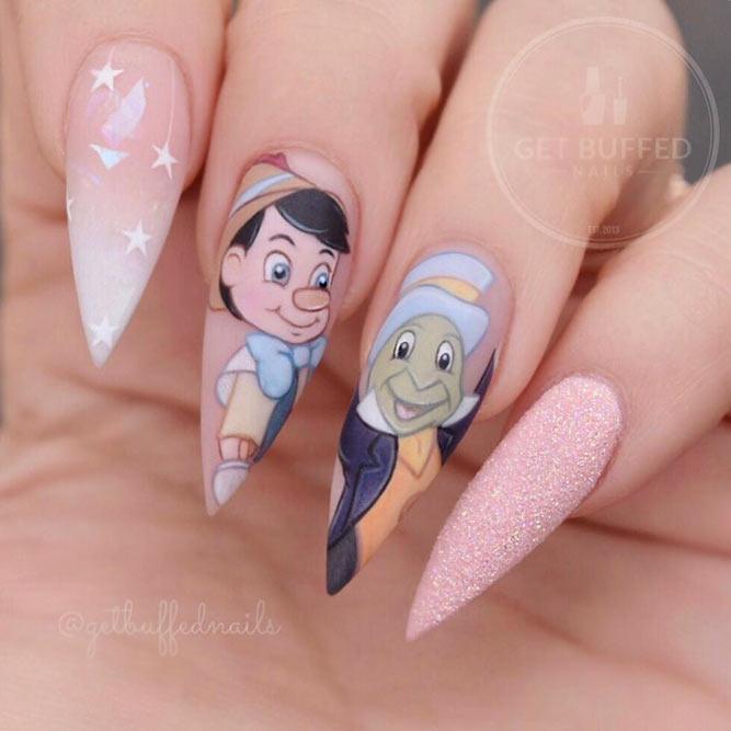 Pinocchio Disney Nails Art #disneynailart#stilettonails