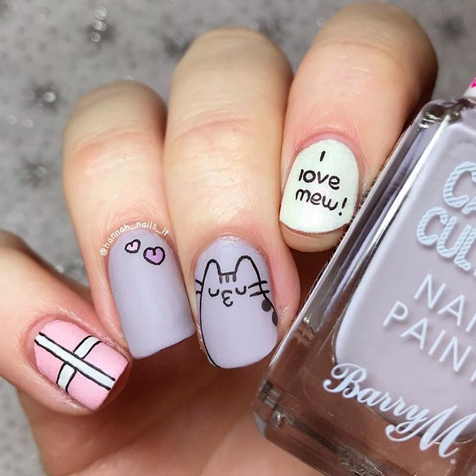 Beautiful Pusheen Design Nails