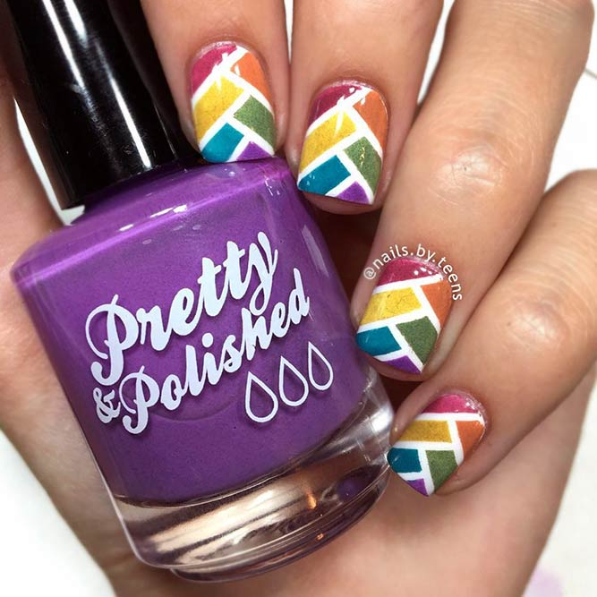 Herringbone Pattern Design Nails
