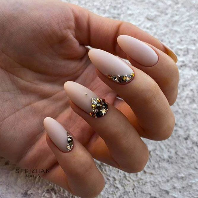 Beauty Nude Matte Nails With Stones
