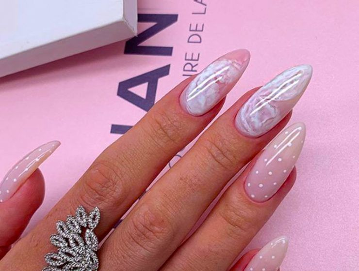 Exquisite Holiday Nails To Celebrate The Occasion