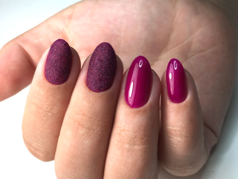 Fabulous Flocking Powder Manicure To Impress Anyone