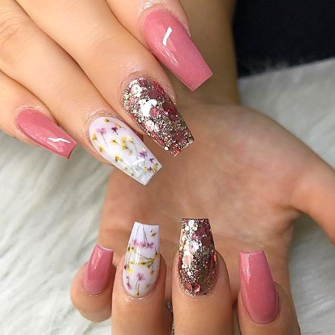 Dried Flowers On Your Nails