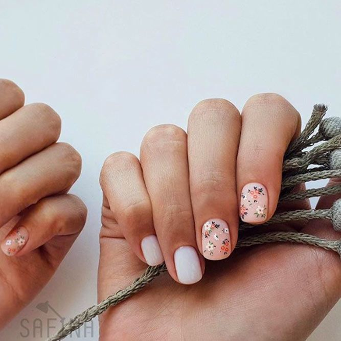 Cutie Little Flowers On Your Nails