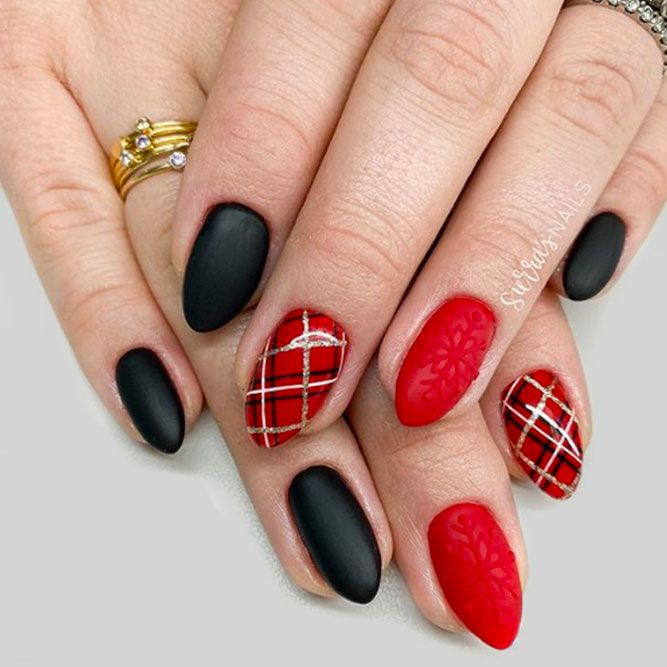 Plaid Nails Design