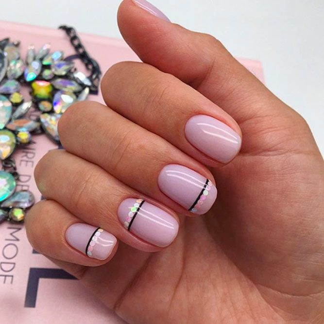 Nail Design With Simple Stripes