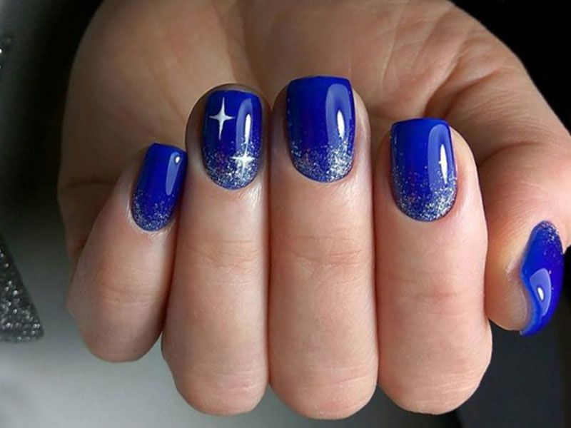 Exciting Ideas For New Years Nails To Warm Up Your Holiday Mood
