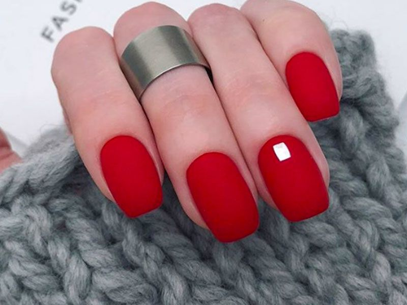 Fantastic Red Nails Ideas For Stylish Ladies