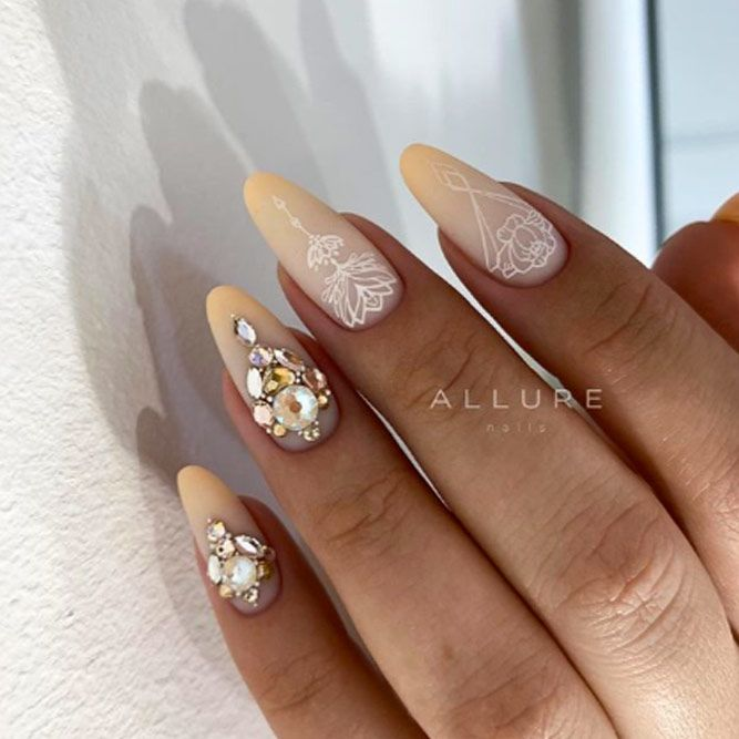 Rhinestones Nails With Flowers
