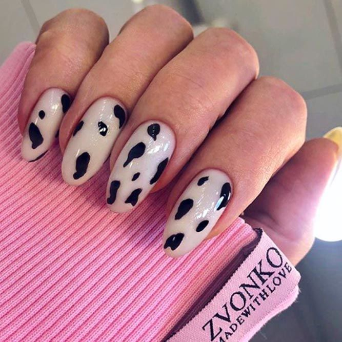 Classy Animal Print Design For Shellac Nails