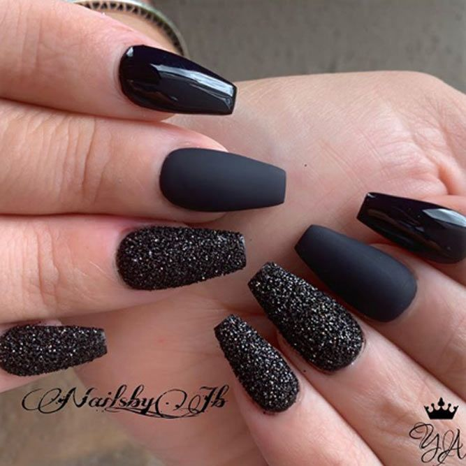 Total Black With Glitter Accent